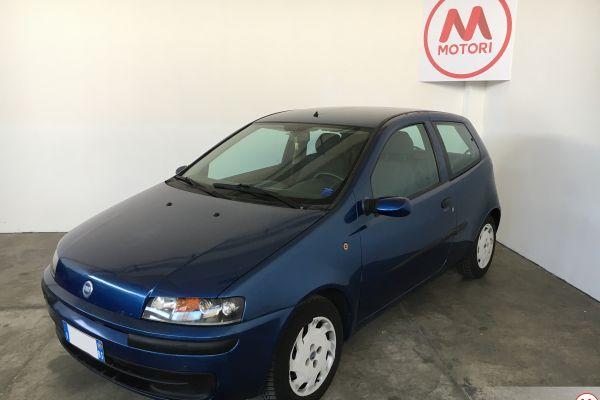 Fiat Punto blu – 1